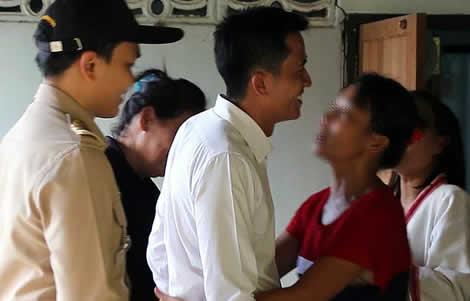 thai-woman-baby-boy-facebook-mother-police-officials-khon-kaen-home-girl