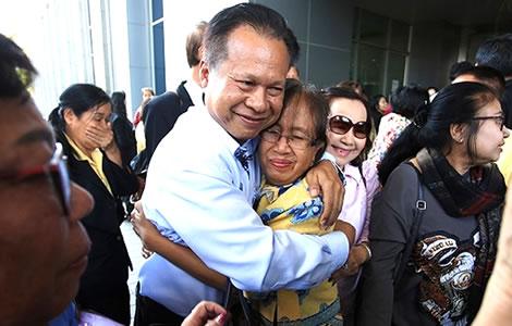 thai-teachers-debt-court-bangkok-repayments-income-salary-live-adminstrative