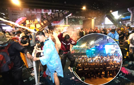 water-cannon-protesters-central-bangkok-police-uphold-emergency-law