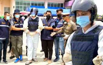Crazed former soldier kills two people including a Covid-19 patient at a facility in Pathum Thani province